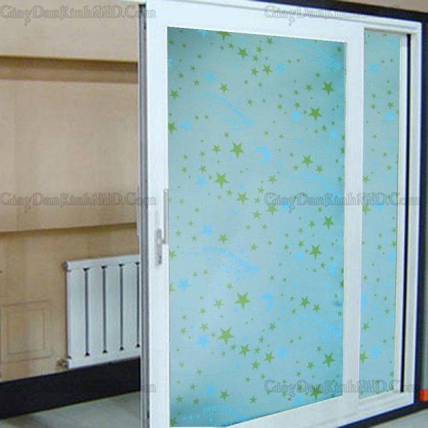 Giấy dán kính trang trí mã A39 là mẫu giấy hình sao trên bầu trời