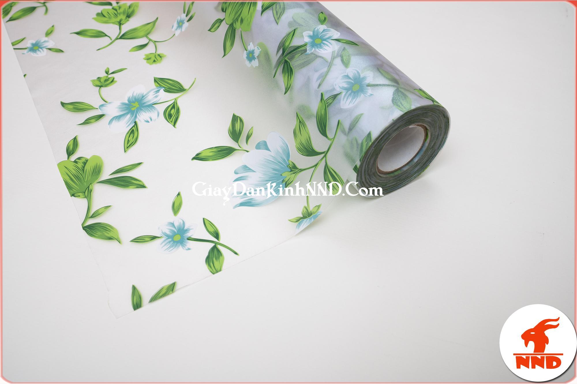Mua giấy dán kính theo cuộn sẽ được giá ưu đãi nhất
