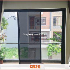 Ảnh thi công thực tế lên kính của sản phẩm phim cách nhiệt mã CB20