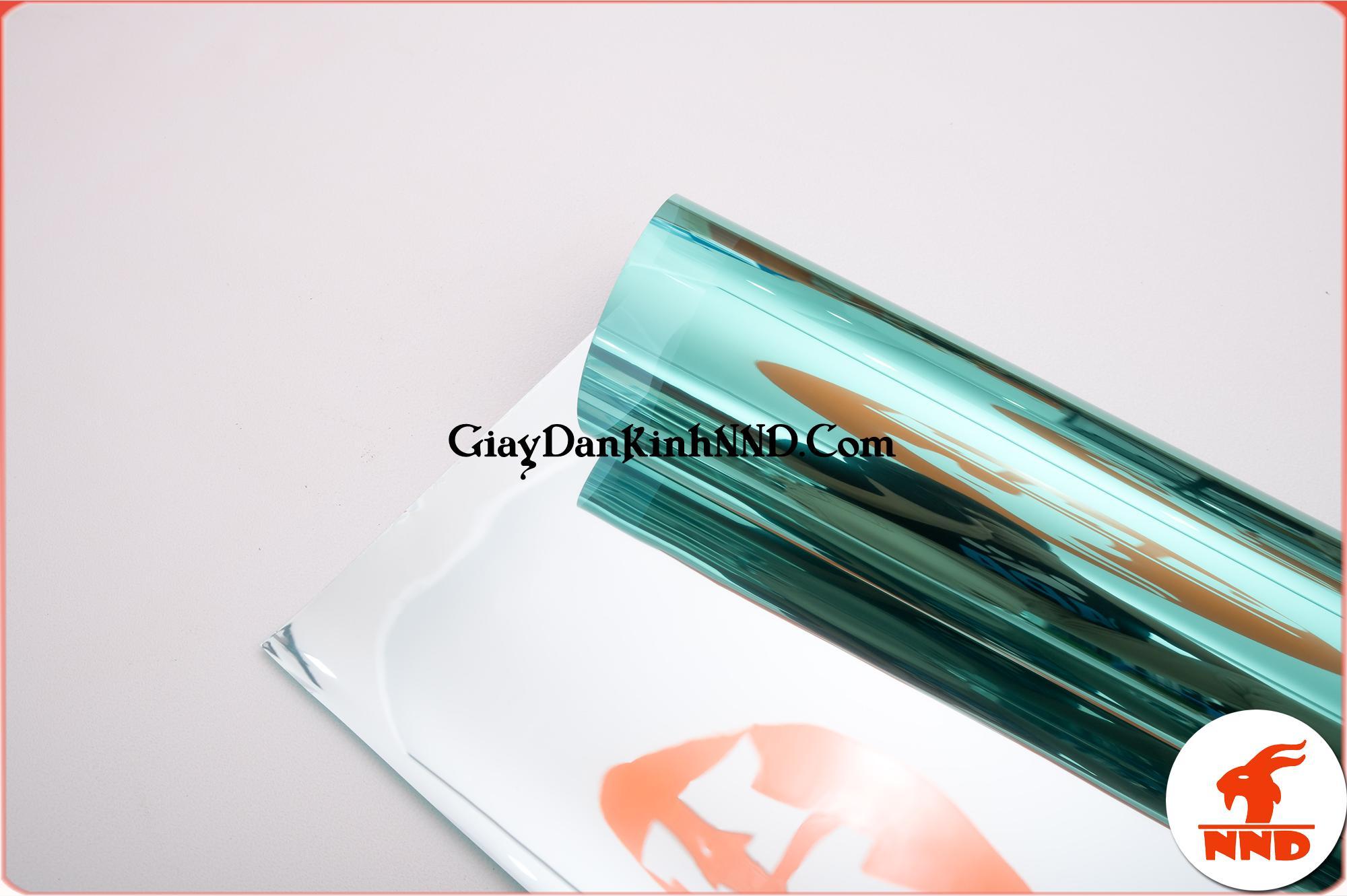 Bên cạnh đó GS16 còn được biết đến với tính thẩm mỹ rất cao nhờ màu xanh lá vô cùng bắt mắt