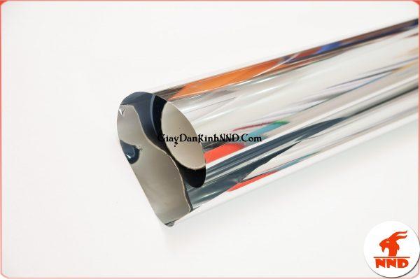 Phim phản quang giúp tạo hiếu ứng một chiều. Vật liệu không thể thiếu khi làm gương 2 chiều.