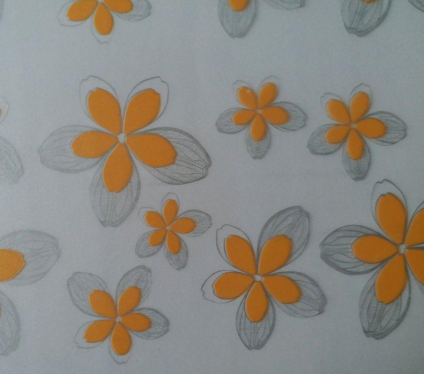 Giấy dán kính trang trí mã A48 là mẫu hoa màu cam ba cạnh cực hiếm gặp trong các mẫu giấy dán kính tại Việt nam