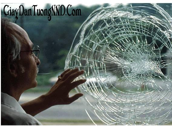 Phim dán kính chống nắng có tác dụng bảo vệ an toàn bảo vệ kính