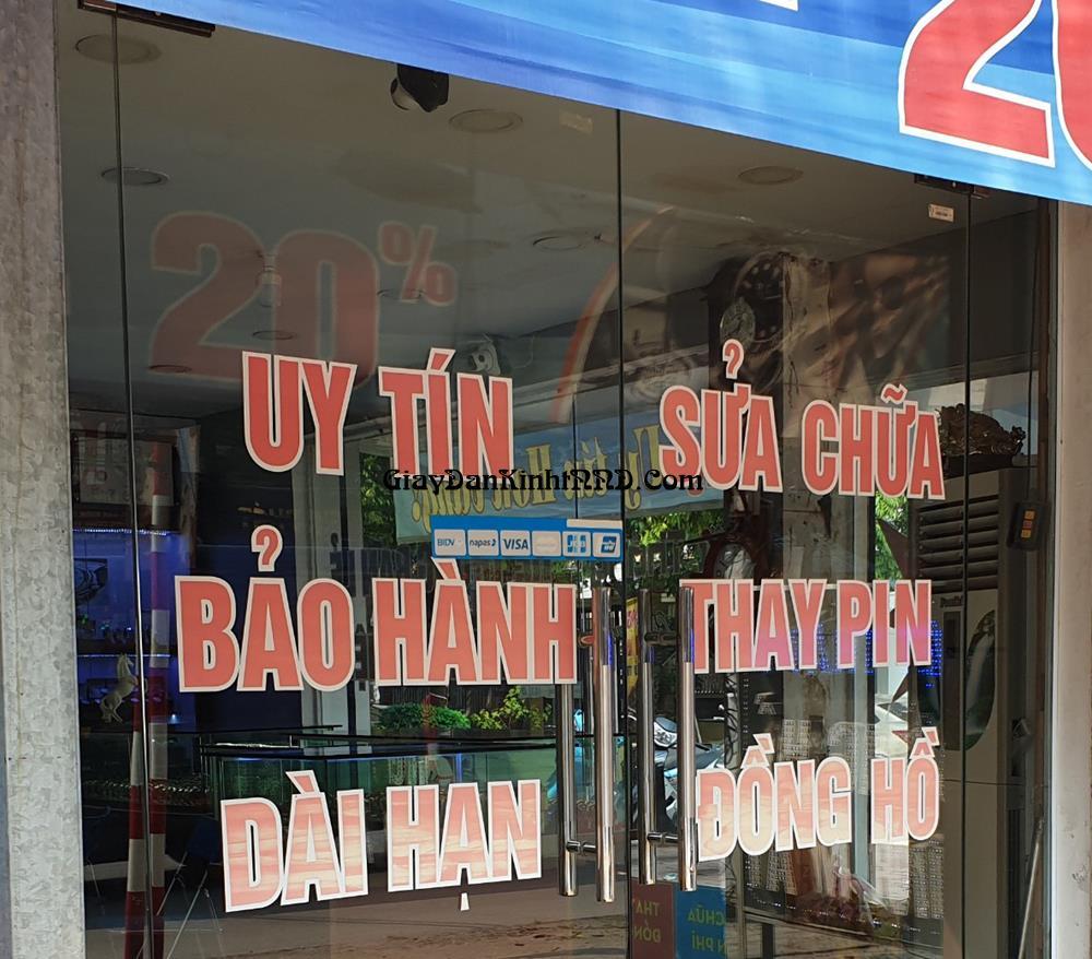 Cắt chữ decal quảng cáo dán cửa kính