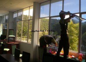 Giấy dán kính chống nắng cửa sổ