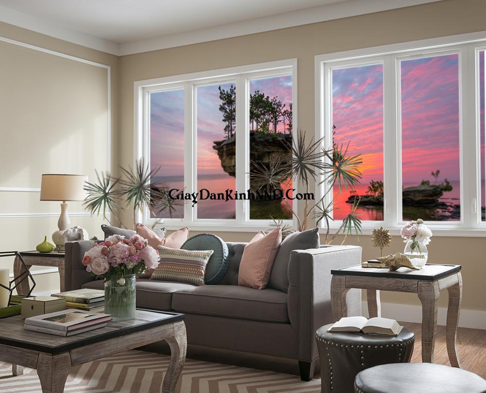Tranh dán kính phong cảnh trang trí cho cửa sổ phòng khách đẹp.