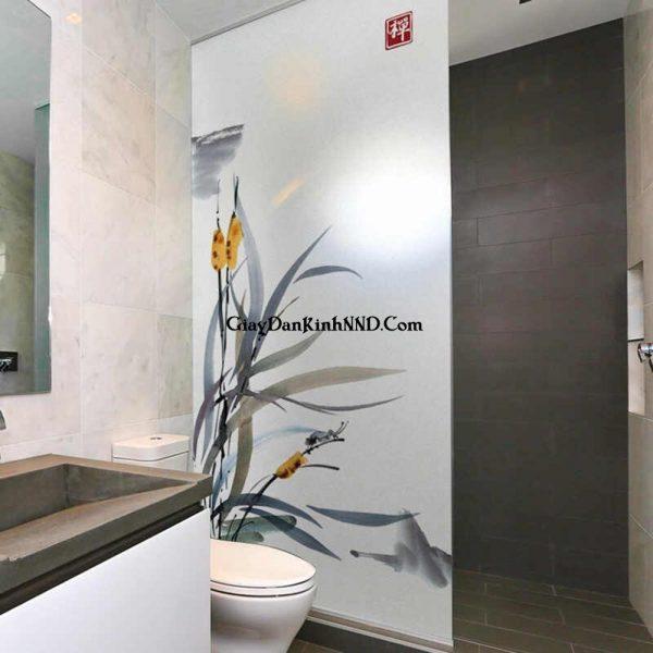 Vách ngăn phòng tắm sử dụng decal mờ in tranh
