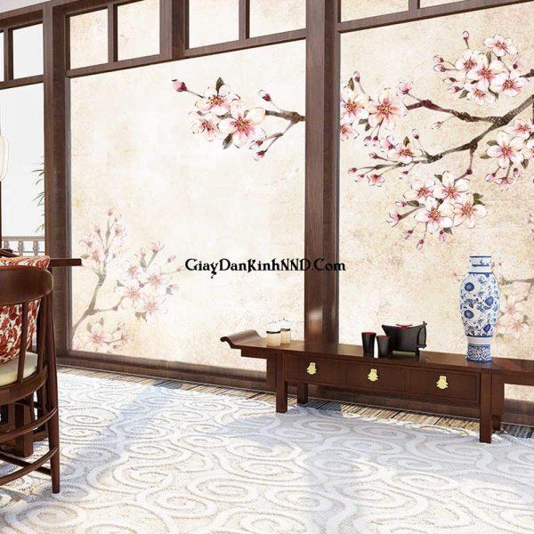In tranh dán kính 3D hình hoa Đào độc và lạ. Có vẻ như các mẫu tranh hoa anh đào hoặc hoa đào trắng rất được ưa chuộng, bởi lẽ thường thường thì nội thất chăn ga hay tủ có tông màu trắng thể hiện được sự sang trọng và quý phái khi bước vào không gian phòng.