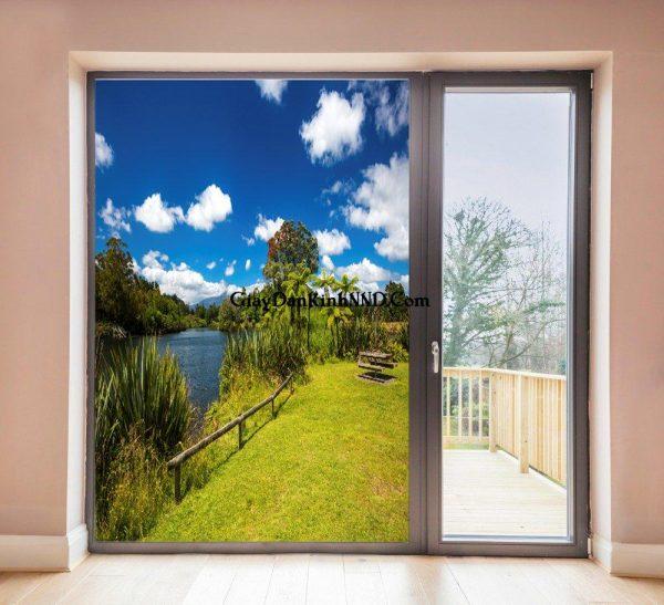 Tranh phong cảnh dán vách kính cửa ra vào