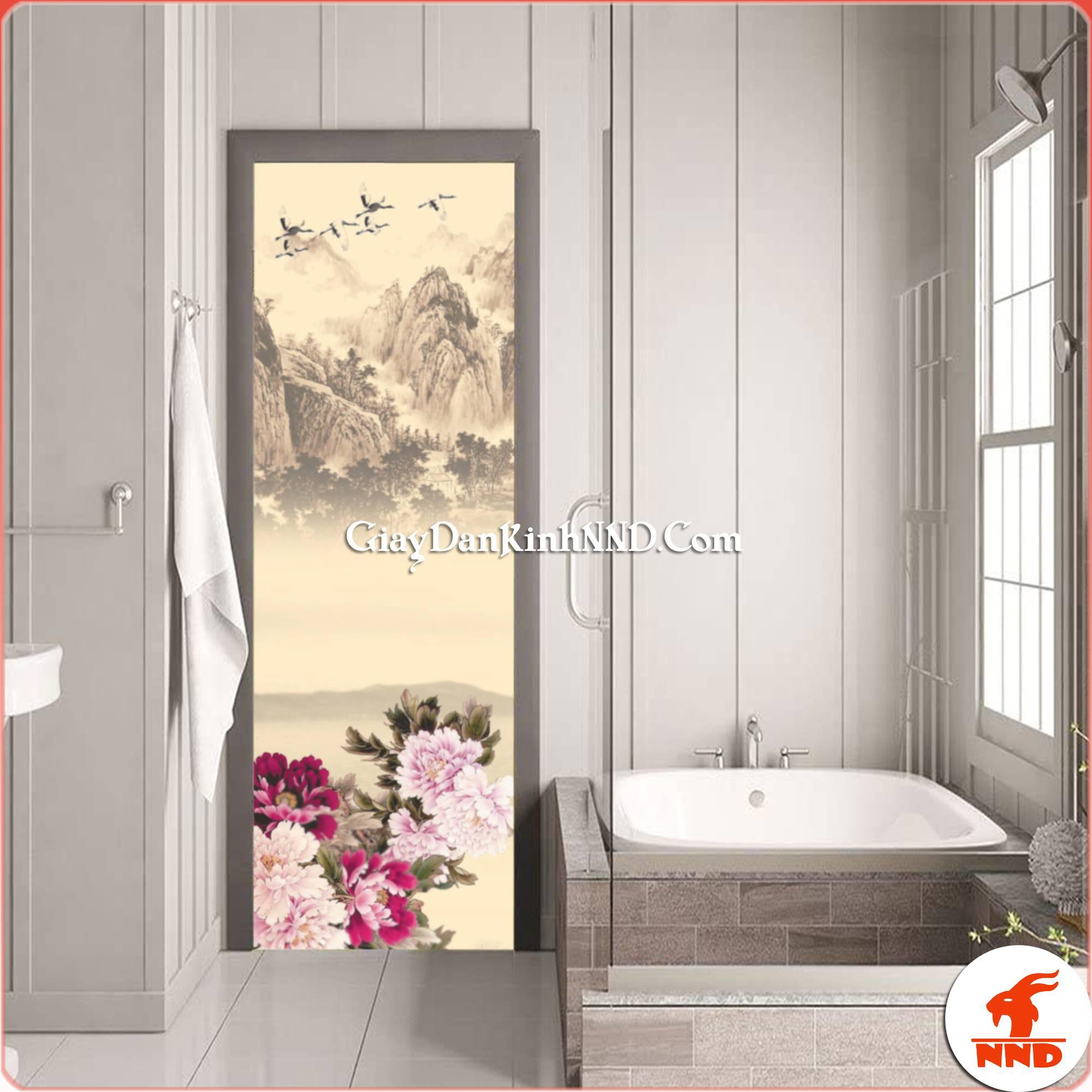 Tuy nhiên việc thi công tranh dán kính cho phòng tắm thường có giá thành cao. Do chi phí thiết kế và in ấn. Nên các bạn cần cân nhắc.