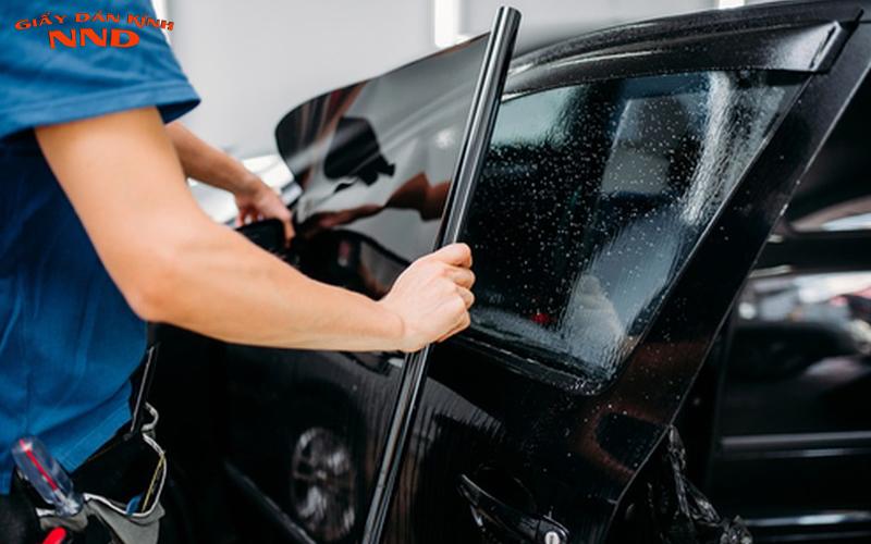 Suntek là thương hiệu phim cách nhiệt cao cấp nên chỉ được sử dụng để dán cho ô tô.