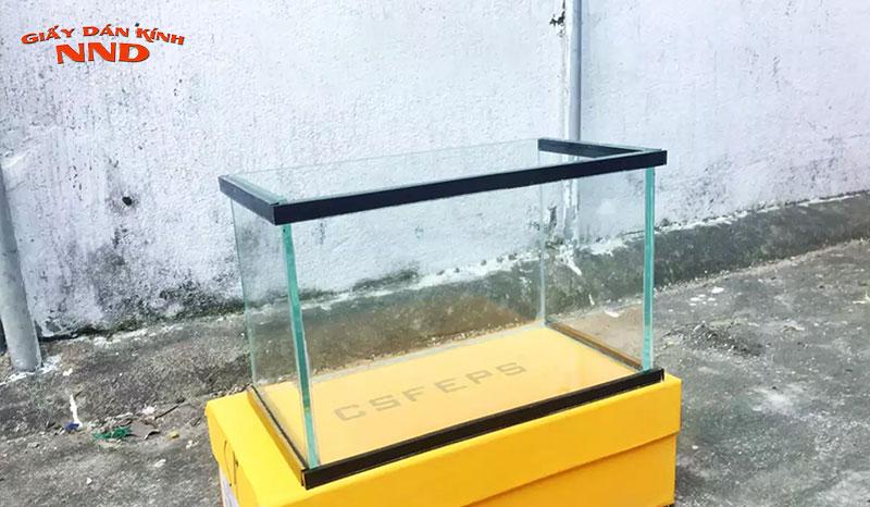 huong-dan-tu-decal-dan-kinh-cho-be-ca-tai-nha-giaydankinhnnd-2