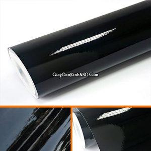 Decal bóng thích dán cho lĩnh vực trang trí quảng cáo nhiều hơn. Chúng ta thường thấy decal đen bóng được dùng dể dán decal xe, dán biển quảng cáo hoặc cắt chữ dán kính.